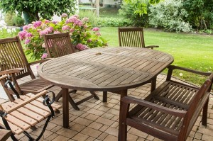 garden furniture with four chairs